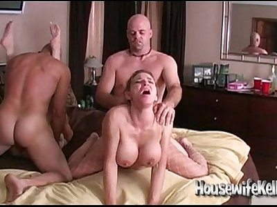Wife Swapping with 2 Swinging Couples